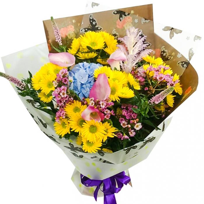Весенний букет из ярких цветов (Предзаказ 1 неделя)