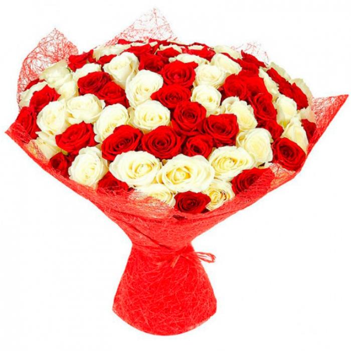Букет Яркое Пламя из красных и белых роз