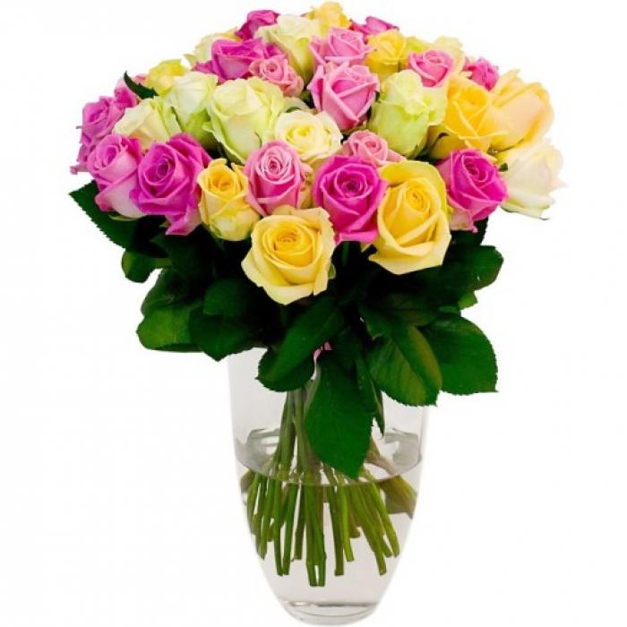 Букет из 35 разноцветных роз 50 см