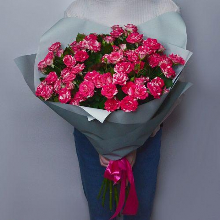 """Букет из 15 кустовых роз """"Желание"""""""