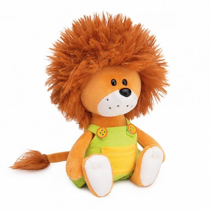 Львёнок Лью в комбинезоне с желтыми пуговицами