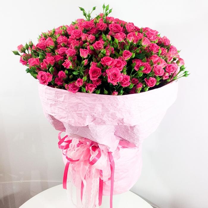 """Букет из кустовых роз """"Заветная мечта"""""""