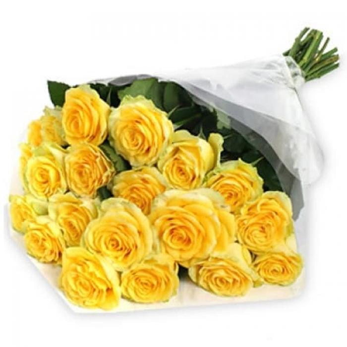 Букет из 19 желтых роз 50 см