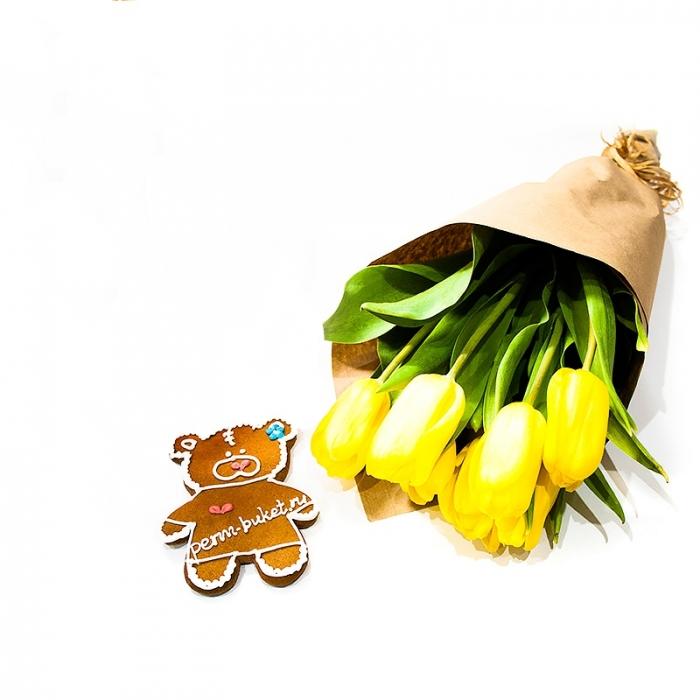 Акция! Букет тюльпанов в крафте + пряник