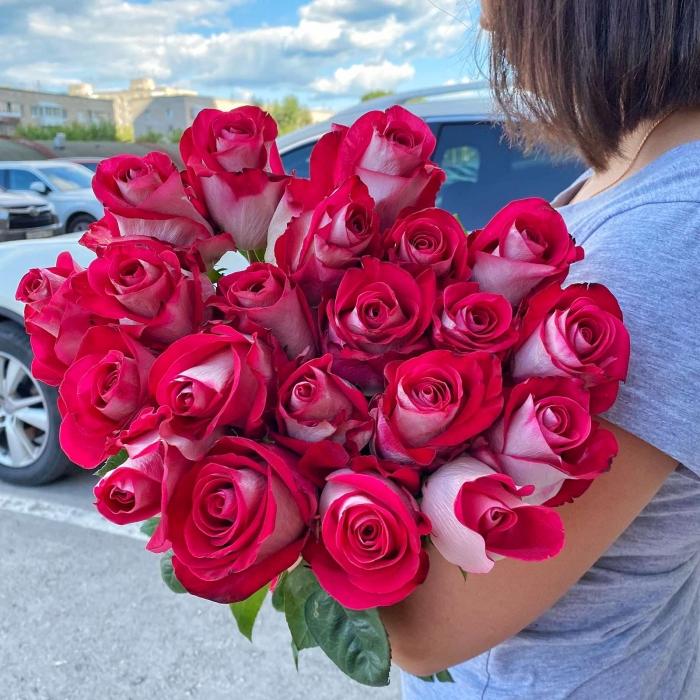 Букет из Эквадорских роз Блюз