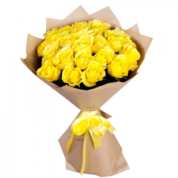 25 желтых роз в крафте