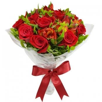 Букет из красных альстромерий и роз