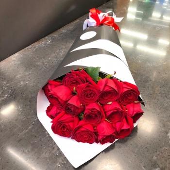 Букет из 15 красных роз 70 см