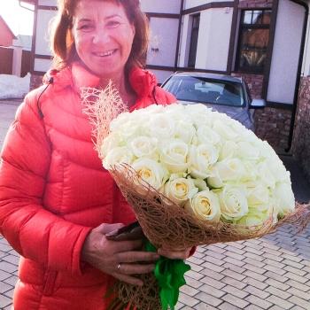 Букет из 59 белоснежных роз