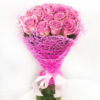 """Букет из 19 розовых роз """"Порыв чувств"""""""