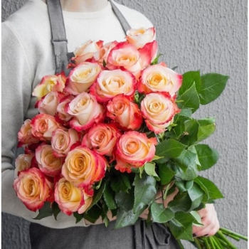 АКЦИЯ!!! Букет из Эквадорских роз Кабарет