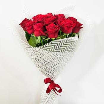 """Букет из 19 красных роз 70 см """"Совершенство"""""""