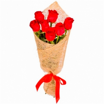 Букет из 9 красных роз в сетке