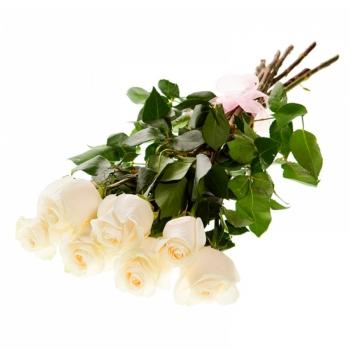 Букет из 7 белоснежных роз 70 см