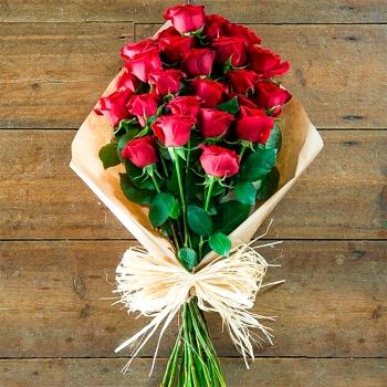 """Букет из 25 красных роз """"Гран При"""""""