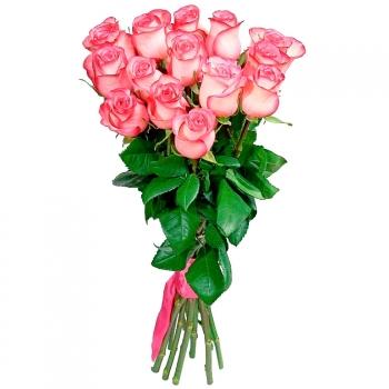 Букет из роз сорта Джумилия