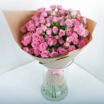 Букет из 15 веточек нежно розовых кустовых роз