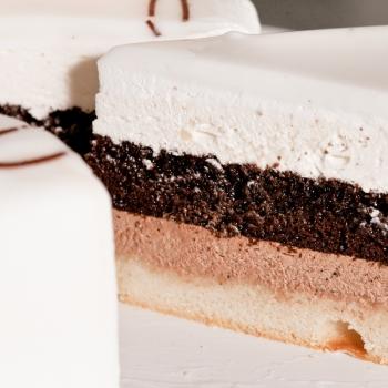 Торт «Филадельфия» Love ( Предзаказ 1 день)