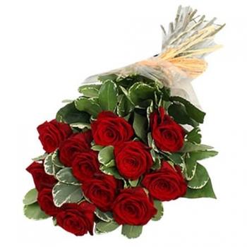 11  голландских роз с зеленью
