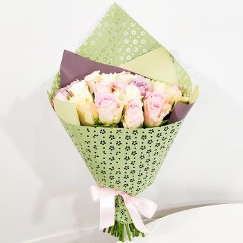 Букет из 25 нежных Кенийских роз