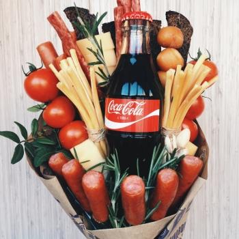 """Съедобный букет """"Coca cola"""""""